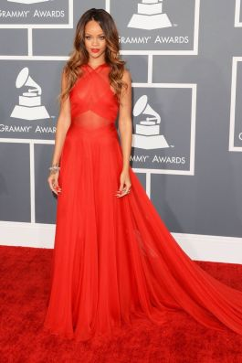rihanna 2012 grammy awards